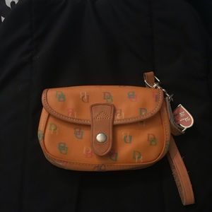Dooney and Bourke clutch!!! REAL*